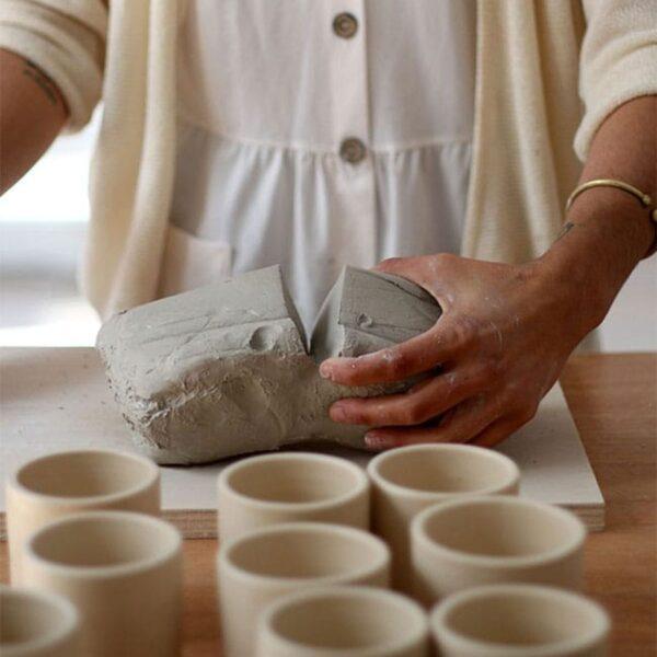 Taza Ineffable x Virgen para café con capacidad de 230ml.